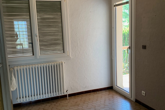 A VENDRE MAISON 192 m² MASSIEUX 8